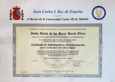 Título de Graduada en Información y Documentación